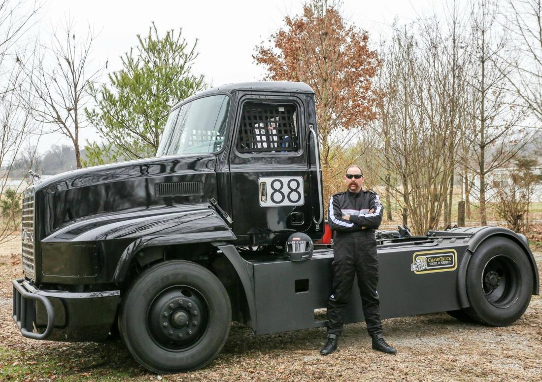 Meritor Champ Truck Race Mike Morgan